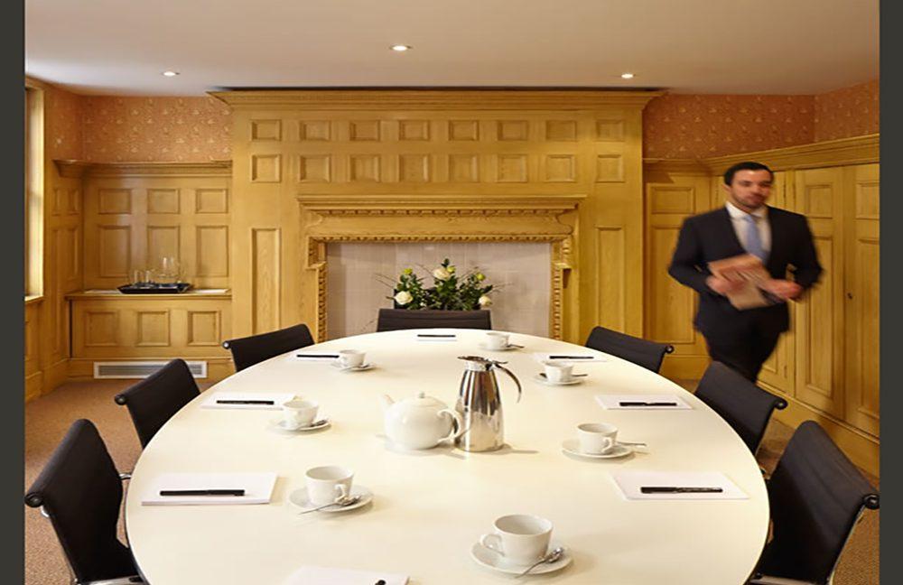12 Hans Road_Board room