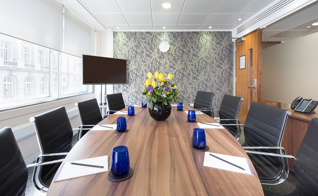 22a St James's Square_Meeting room
