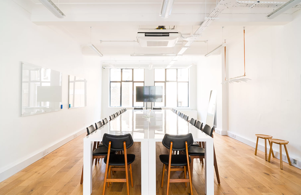 32-34 Great Marlborough Street_Bright workspace