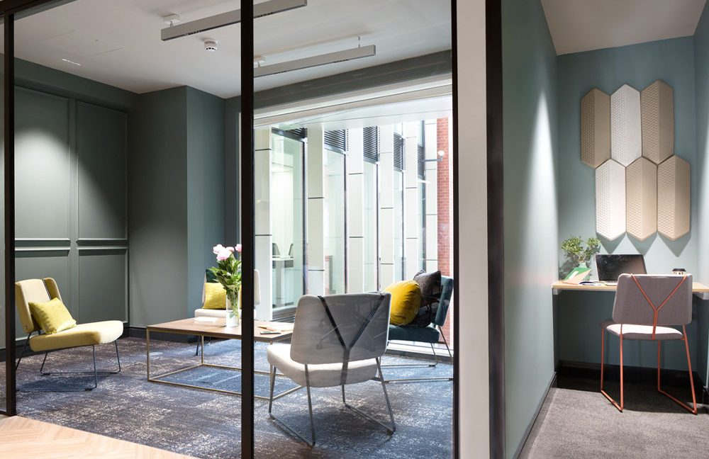 81 Chancery Lane_Meeting and private booth