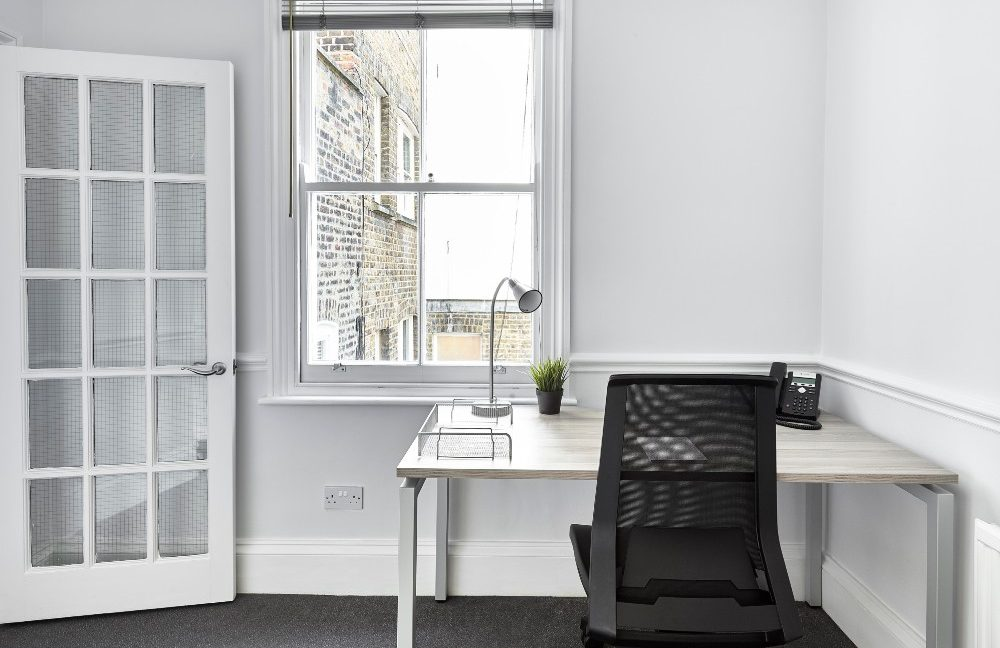 54 Poland Street_Exec Office