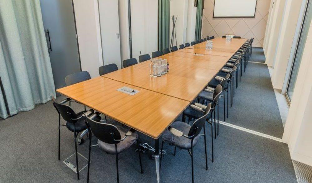 Gridiron Building_Meeting room 3