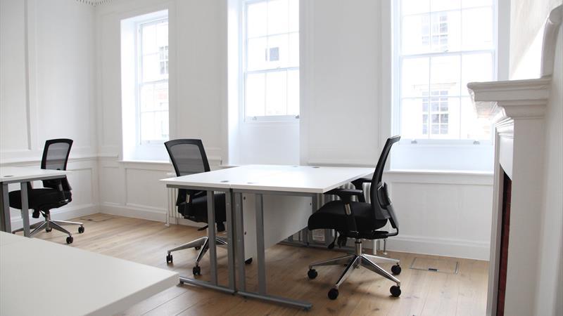 12 David Mews_Office 2