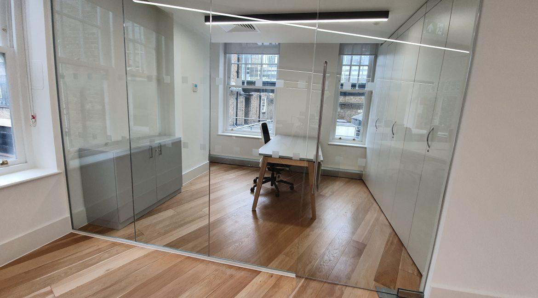 120 Charing Cross Road - Meeting room