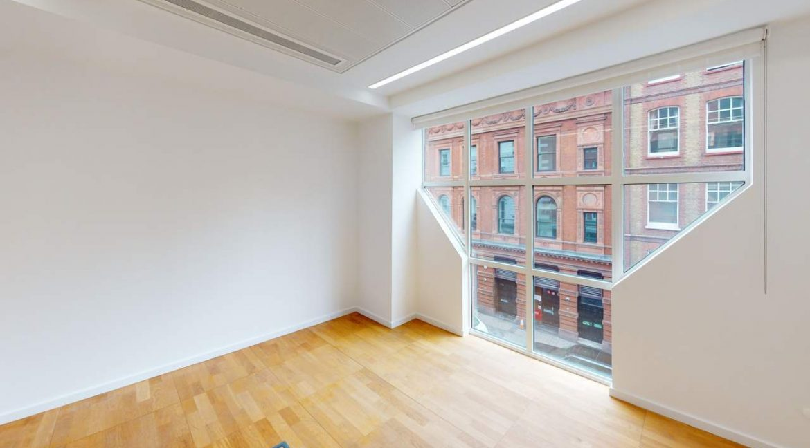 65 Chandos Place - meeting room