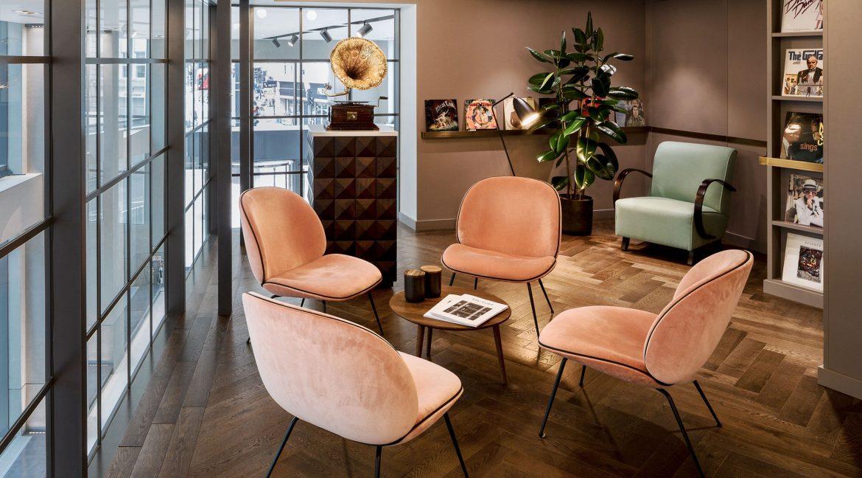 10 Bloomsbury Way soft seating